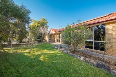 SPACIOUS LOW-SET BRICK FAMILY HOME IN SOUGHT AFTER WALLOON
