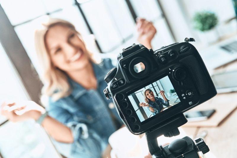 Australia's largest Social Media Talent Agency | ID: 919