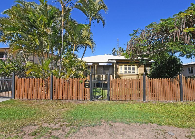 Very Well kept and Equipped Queenslander
