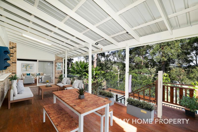 QUIET STREET IN BEAUTIFUL LEAFY ELANORA WITH WATER VIEWS