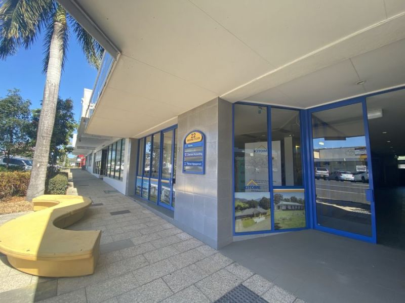 High exposed central location with onsite parking