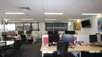 FULLY FITTED OFFICE - ABSOLUTE CBD FRINGE