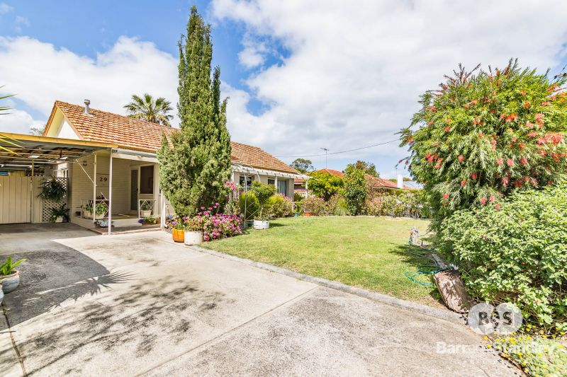 29 Knight Street, Withers