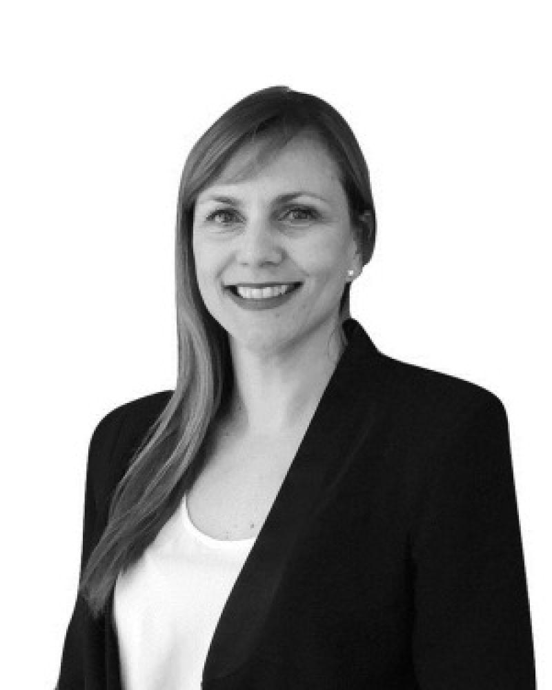 Lora Lagamba Real Estate Agent