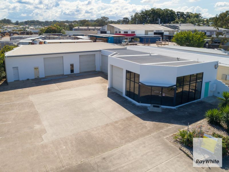 Stand-Alone Modern Warehouse & Showroom | Located off Caloundra Road