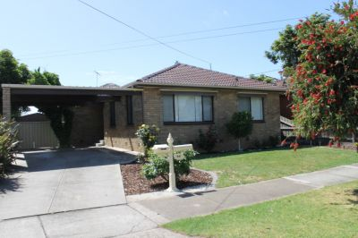 4 bedroom family home in excellent location