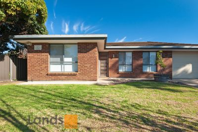 Beautifully Presented Family Home in Redwood Park