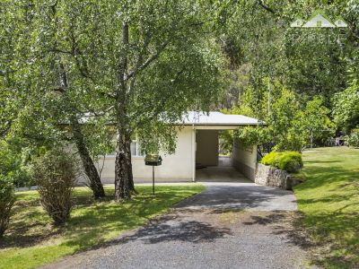 1960's CLASSIC WITH TRANQUIL SURROUNDS