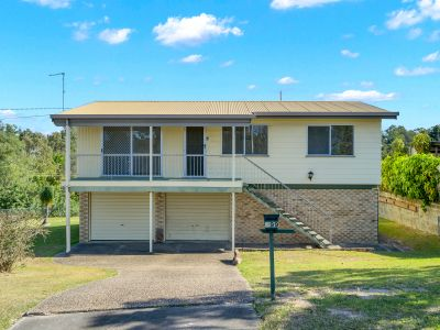 A Top Spot in Arana Hills is Going to Auction !