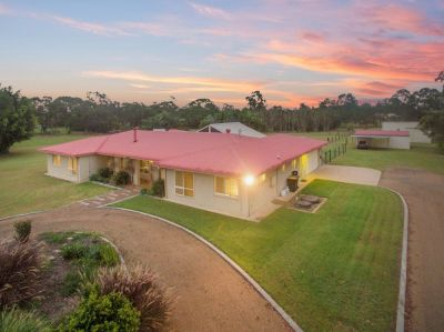 TOTAL WOW FACTOR…. EXECUTIVE 6 BEDROOM HOME ON 5 PRIME ACRES!!! BE QUICK…..