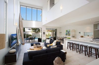 Award winning designed home in Mermaid Beach