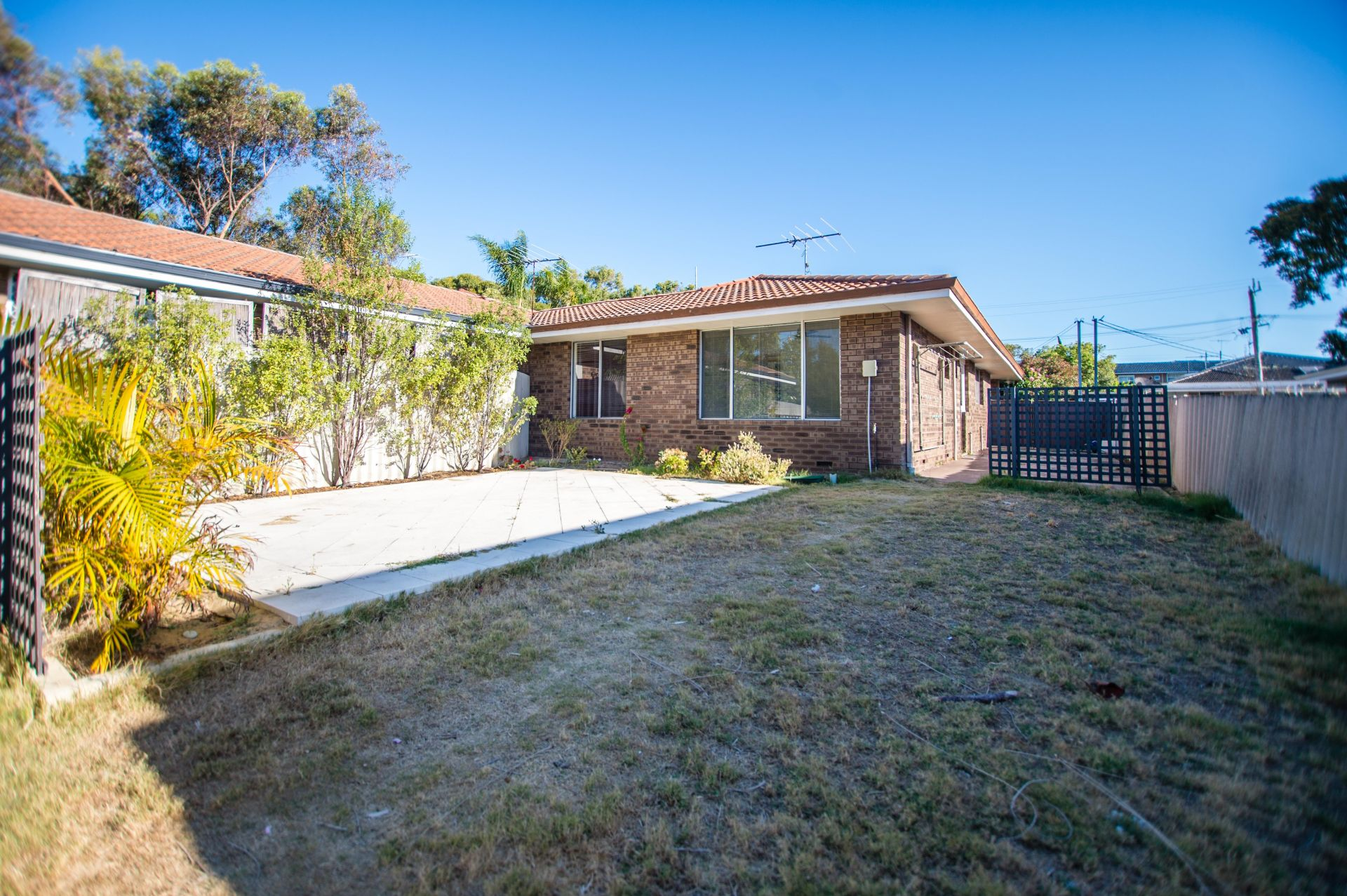 2 Ferres Street, White Gum Valley
