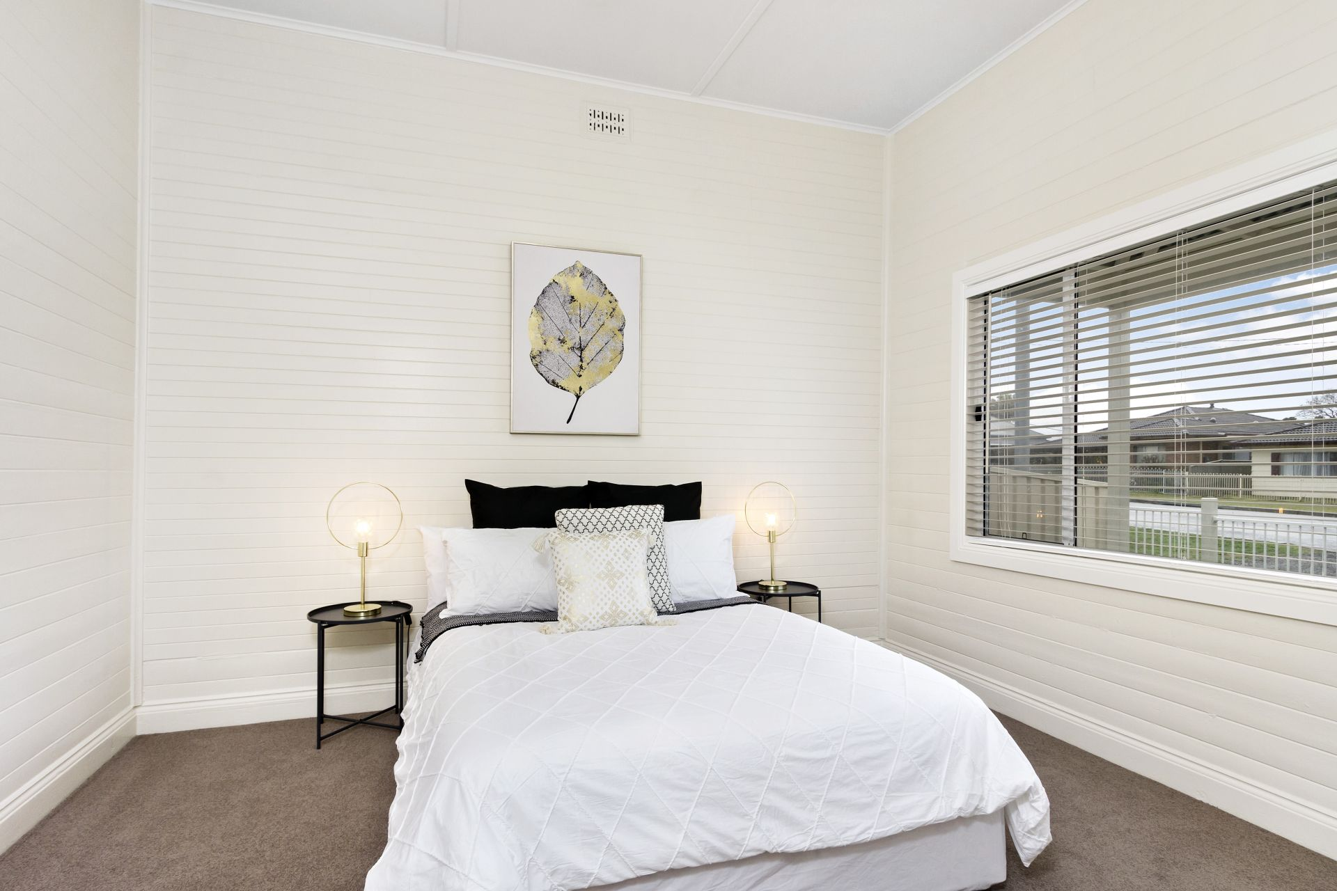 Original cottage, impeccably renovated