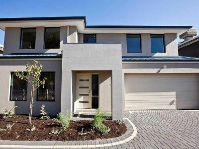 BRAND NEW QUALITY TOWNHOUSE