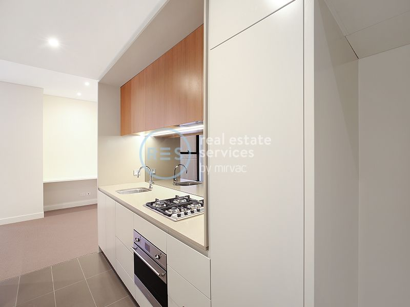PRIVATE INSPECTIONS AVAILABLE TODAY - South Facing Open Plan Apartment in Zetland!