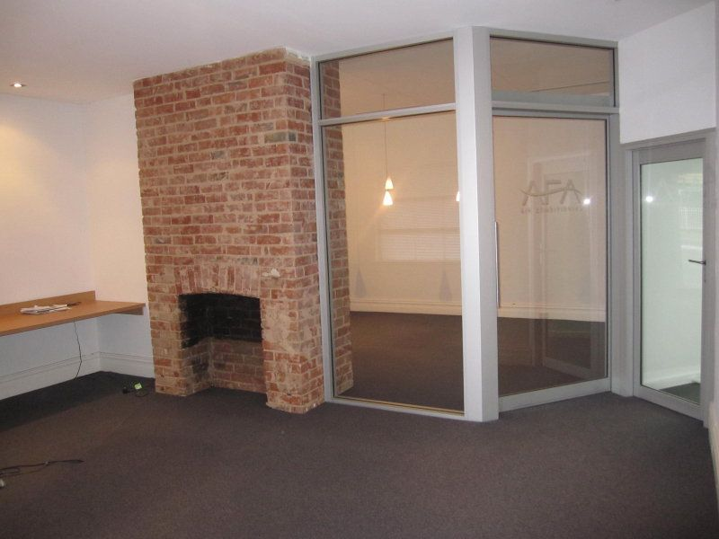 REFURBISHED OFFICE WITH WAREHOUSE
