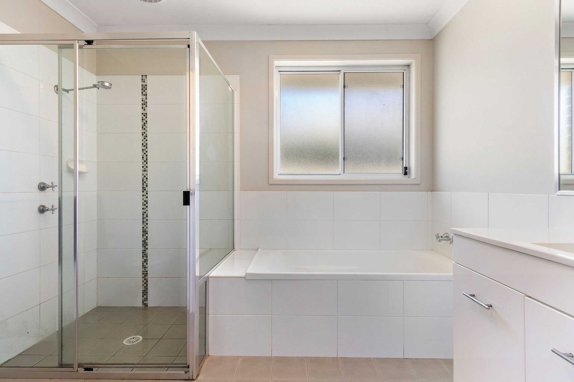 Modern style, easy care comfort