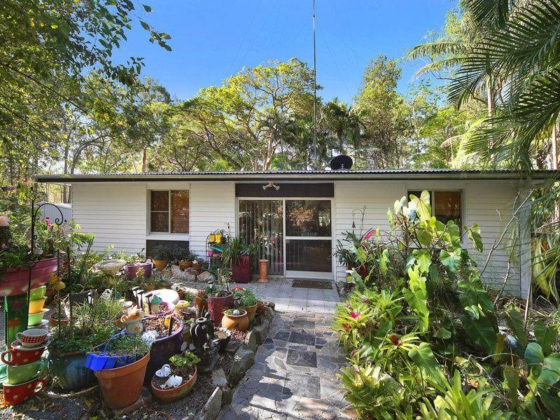 56 Old Tewantin Road, Cooroibah QLD 4565