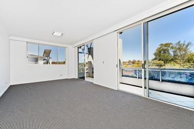 23/27 Windward Parade, Chiswick