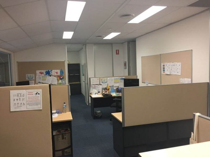 AN AMAZING LOCATION & GREAT VALUE OFFICE!!