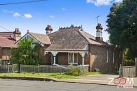 FOUR BEDROOMS HOME IN STRATHFIELD