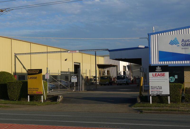 1,315m²* Industrial Workshop / Warehouse with Gantry Cranes