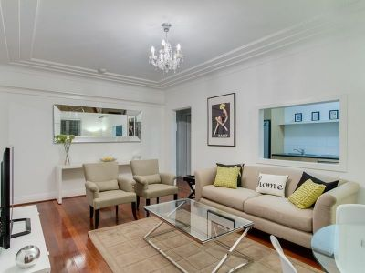 Large Executive Courtyard Apartment - Fully Furnished & Minutes from Howard Smith Wharves Precinct!