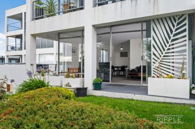 IMPECCABLE EXECUTIVE APARTMENT IN HIGHLY SOUGHT LOCATION