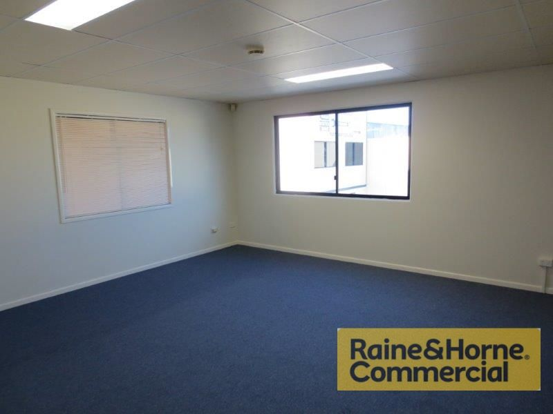 235sqm Well Presented Eastern Facing Unit