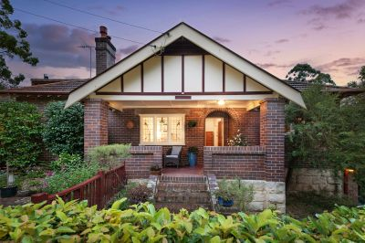 Extended Californian Bungalow in a sought after Turramurra pocket