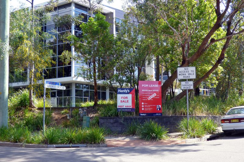 Quality Office in Warriewood's Corporate Centre