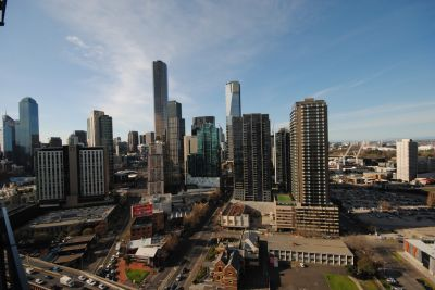 MAINPOINT, 26th floor - Don't Miss Out!