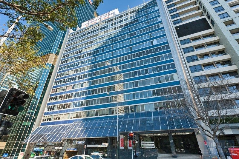 250sqm Office with Fitout and views over Barangaroo
