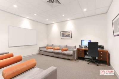 RECENTLY REFURBISHED MEDICAL SUITE IN SOUGHT AFTER BUILDING - ON SITE OF THE EAST SYDNEY PRIVATE HOSPITAL