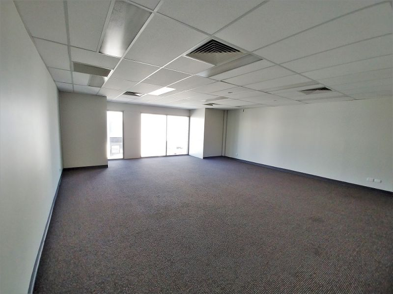275sqm* HEMMANT OFFICE / WAREHOUSE - LEASE INCENTIVES OFFERED!!