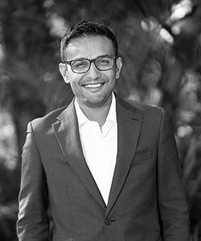 Vivek Tailor Real Estate Agent