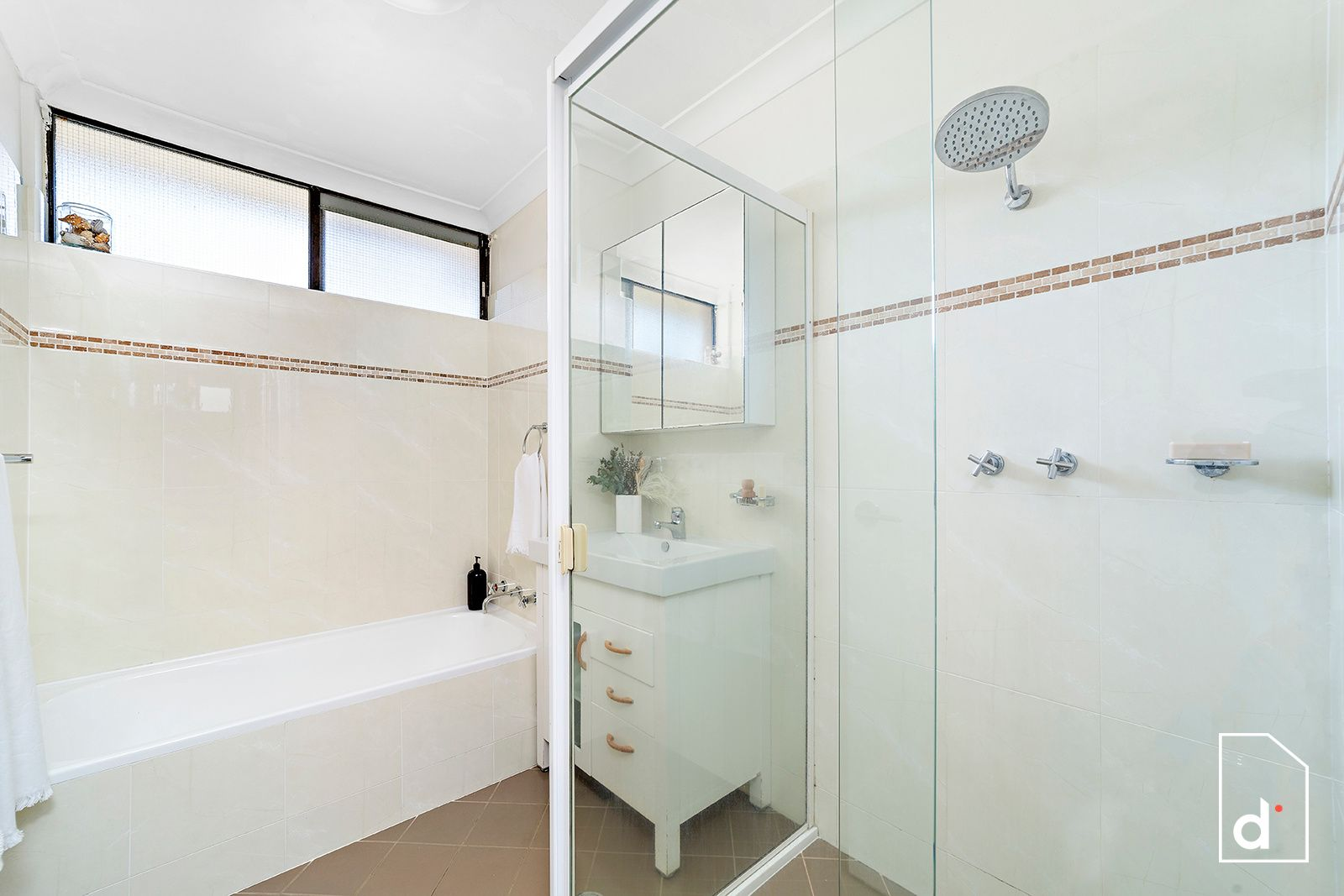 8/235 Lawrence Hargrave Drive, Thirroul NSW