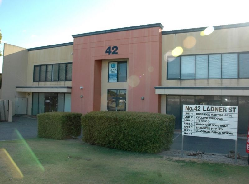 Well positioned Industrial Unit in O'Connor for Lease
