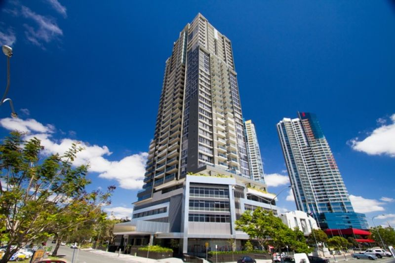 2104/34 Scarborough Street, Southport