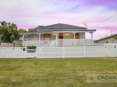 ANOTHER ONE SOLD BY MIKE & KIRSTY - CROWNE REAL ESTATE - THINK PROPERTY - THINK PINK