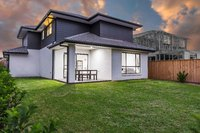 Hoxton Park, 8 Baragal Place