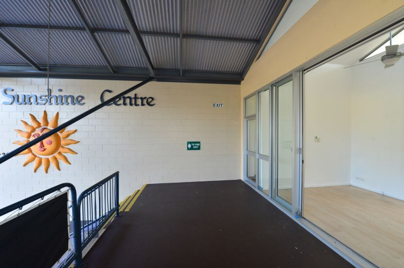 Noosa Junction Office With Existing Fit Out