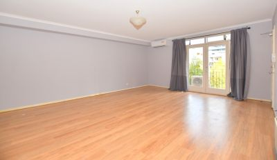 Exquisite Two Bedroom Apartment with Garden Views and Whitegoods!!