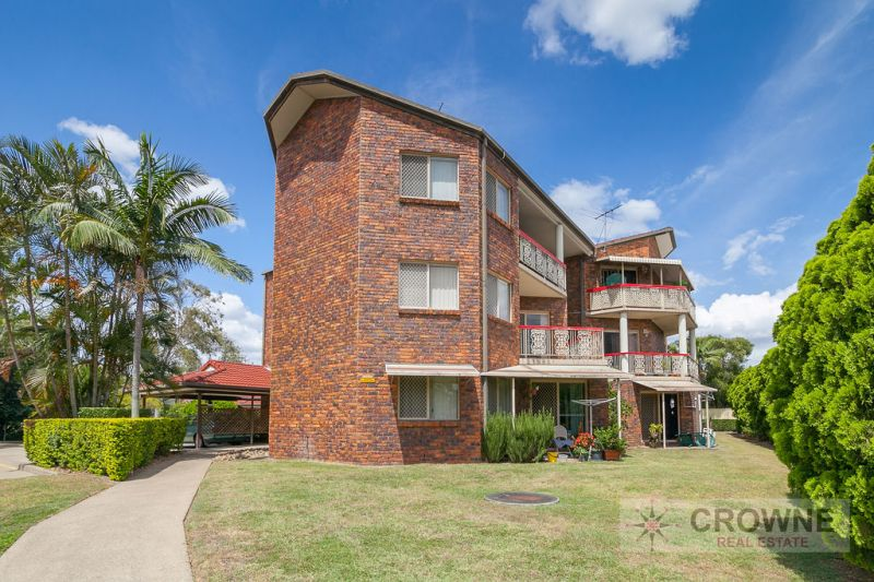2 BEDROOM UNIT - WALK TO BOOVAL SHOPS AND TRAIN
