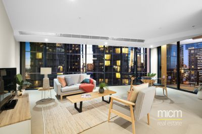 Vendor Must Sell!  Bright and spacious apartment on an expansive 90 sqm (approx.)