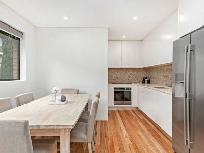 Instant style in a smartly renovated apartment