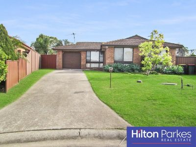 * Lovely Home Situated In A Quiet Cul-de-sac!