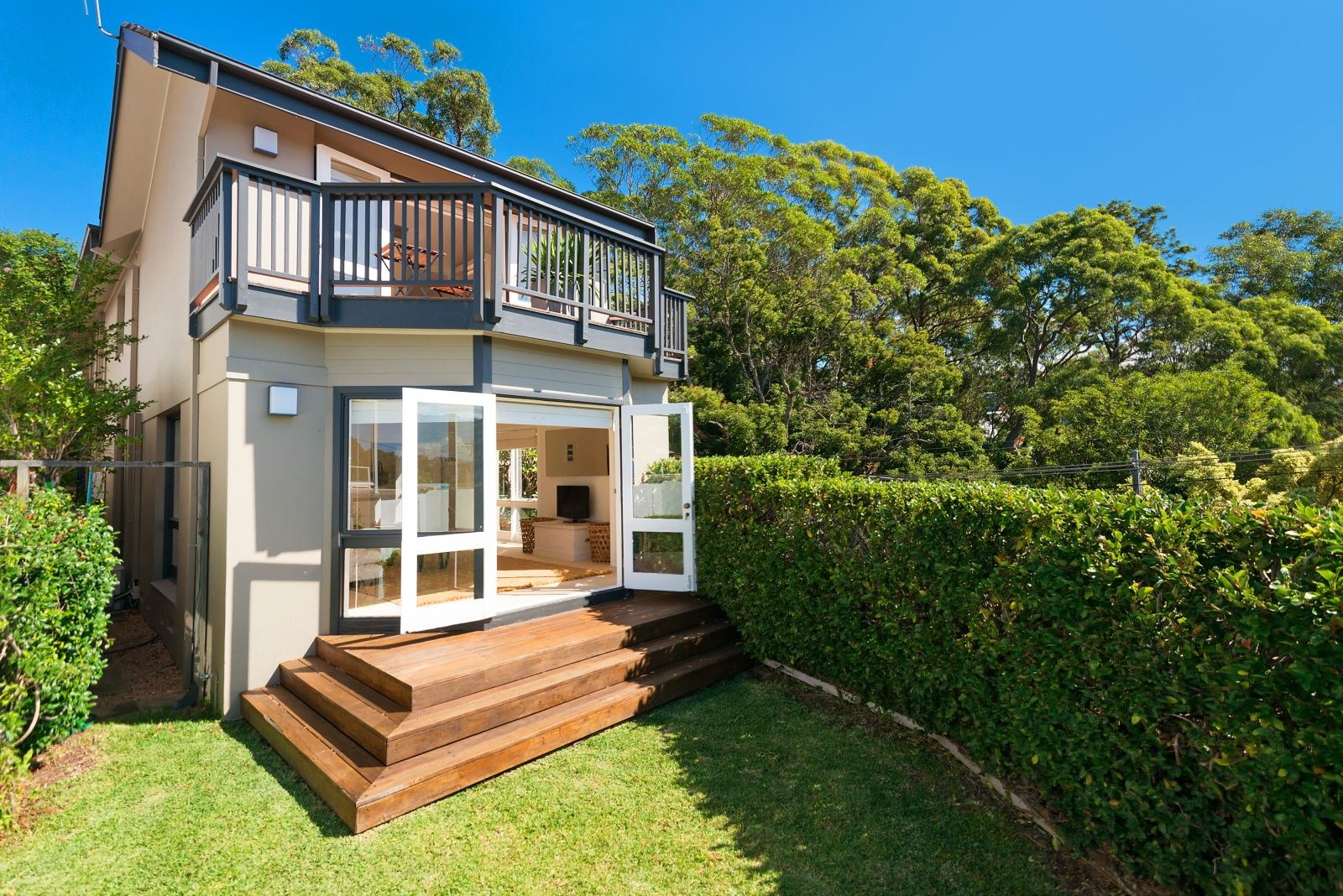 15 Cowdroy Avenue, Cammeray