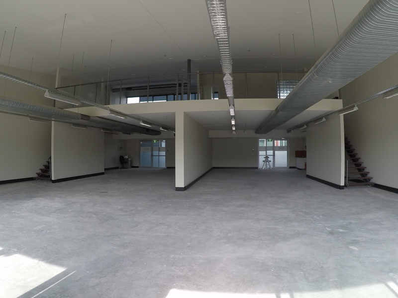 Spectacular office space – Owner says LEASE IT.