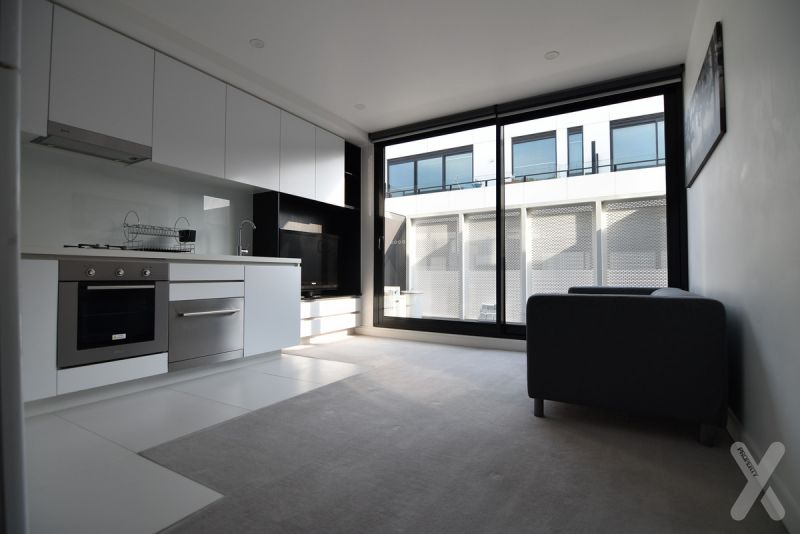 PRIVATE INSPECTION AVAILABLE - One Bedroom Apartment With Carpark!